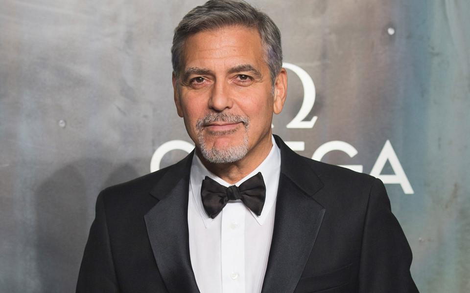 edsheeran, 10 nhân vật giải trí kiếm tiền giỏi nhất một năm qua, George Clooney